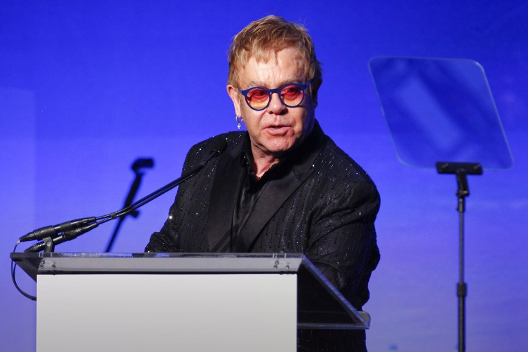 """Elton John speaks at the Elton John AIDS Foundation's 14th Annual """"An Enduring Vision"""" Benefit at Cipriani Wall Street, Nov. 2, 2015, in New York. (Photo by Andy Kropa/Invision/AP)"""