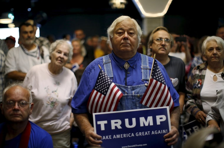 Supporters of U.S. Republican presidential candidate Donald Trump attend a campaign event in Waterloo, Ia., Oct. 7, 2015. (Photo by Jim Young/Reuters)