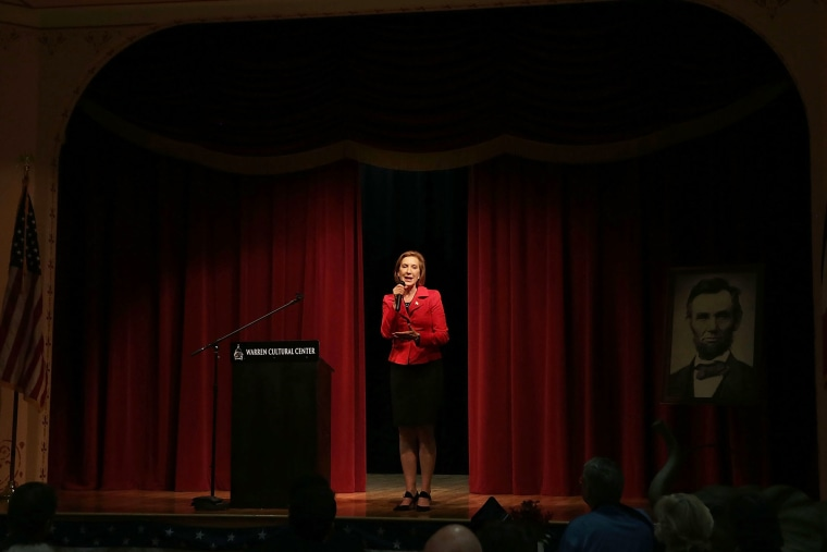 Republican presidential candidate Carly Fiorina addresses the 2015 Lincoln Dinner of Adair County Republican Party Nov. 13, 2015 in Greenfield, Iowa. (Photo by Alex Wong/Getty)