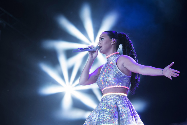 Katy Perry performs at 2015 Rock in Rio on Sept. 27, 2015 in Rio de Janeiro, Brazil. (Photo by Raphael Dias/Getty)