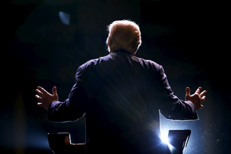 Republican U.S. presidential candidate Donald Trump addresses a Trump for President campaign rally in Macon, Ga., on Nov. 30, 2015. (Photo by Christopher Aluka Berry/Reuters)