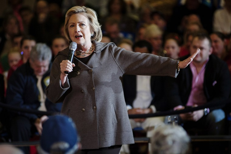 Presidential Candidate Hillary Clinton speaks to supporters during a town hall forum, Jan. 3, 2016, Derry, N.H. (Photo by Ryan Mcbride/ZUMA)