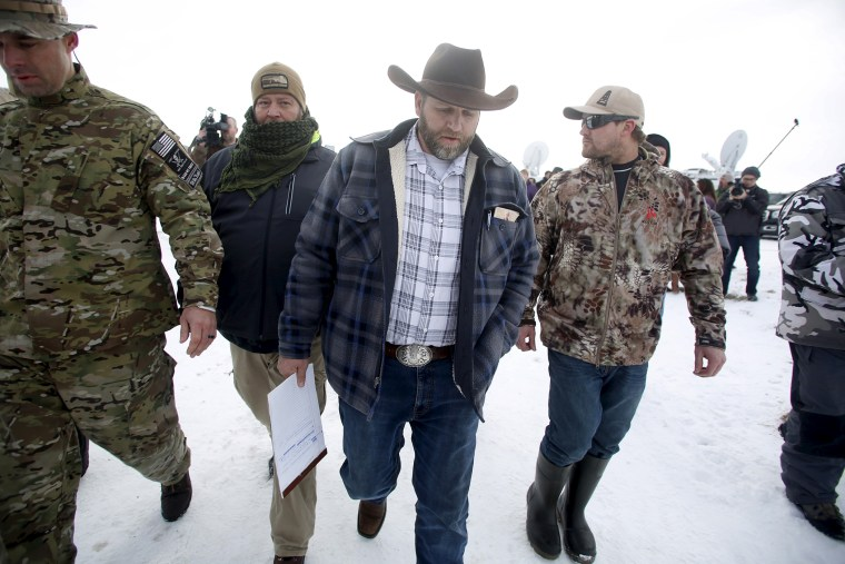 Ammon Bundy departs after addressing the media at the Malheur National Wildlife Refuge near Burns, Ore., Jan. 4, 2016. (Photo by Jim Urquhart/Reuters)