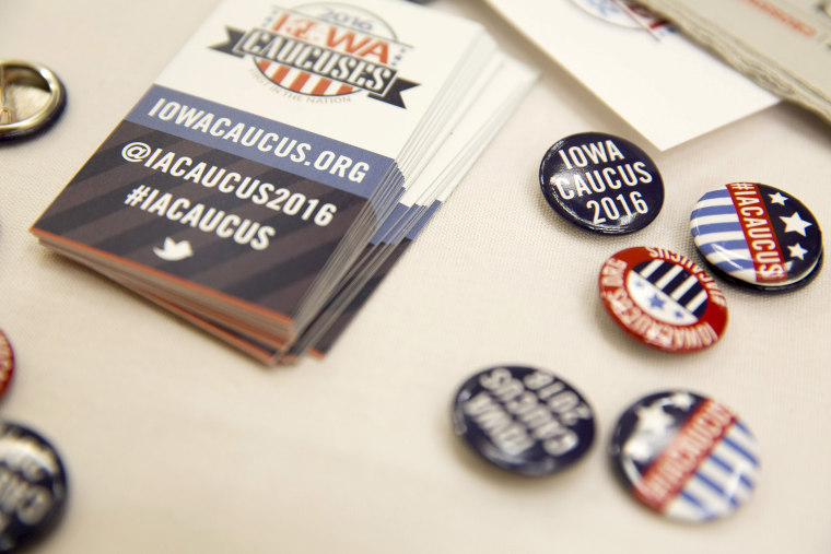 Buttons for visitors at the Greater Des Moines Partnership Iowa Caucus Consortium candidate forum are seen before a visit by U.S. Republican presidential candidate Jeb Bush in Des Moines, Ia., Oct. 8, 2015. (Photo by Scott Morgan/Reuters)