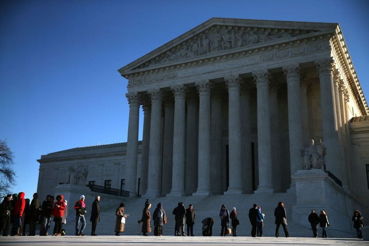 People wait in line to enter the U.S. Supreme Court building January 11, 2016 in Washington, D.C. (Photo by Mark Wilson/Getty)
