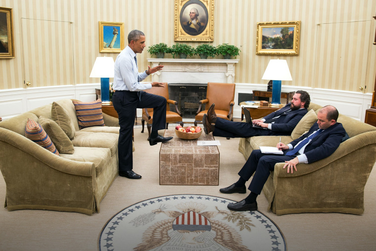 President Barack Obama meets with Cody Keenan, Director of Speechwriting, and Ben Rhodes, Deputy National Security Advisor, for State of the Union speech prep in the Oval Office, Jan. 7, 2016. (Photo by Pete Souza/White House)