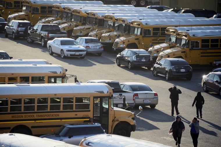 Los Angeles Unified school district buses, Dec. 15, 2015. (Photo by Paul Buck/EPA)