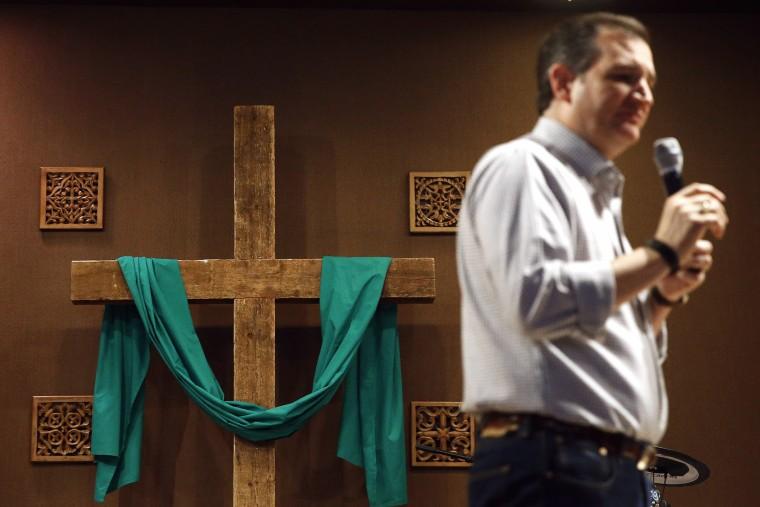 Republican presidential candidate, Sen. Ted Cruz, R-Texas speaks during a town hall at Praise Community Church in Mason City, Iowa, Jan. 8, 2016. (Photo by Patrick Semansky/AP)
