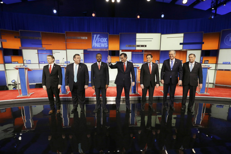 Presidential candidates Rand Paul, Chris Christie, Ted Cruz, Marco Rubio, Jeb Bush and John Kasich appear before a Republican presidential primary debate on Jan. 28, 2016, in Des Moines, Iowa. (Photo by Chris Carlson/AP)