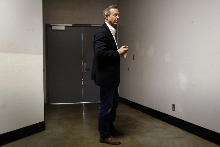 Democratic presidential candidate, former Maryland Gov. Martin O'Malley stands backstage before speaking at a town hall at Grinnell College in Grinnell, Iowa, Jan. 27, 2016. (Photo by Patrick Semansky/AP)