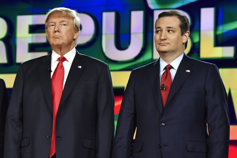 Republican U.S. presidential candidates businessman Donald Trump and Senator Ted Cruz pose together before the start of the Republican presidential debate in Las Vegas, Nev., Dec. 15, 2015. (Photo by David Becker/Reuters)