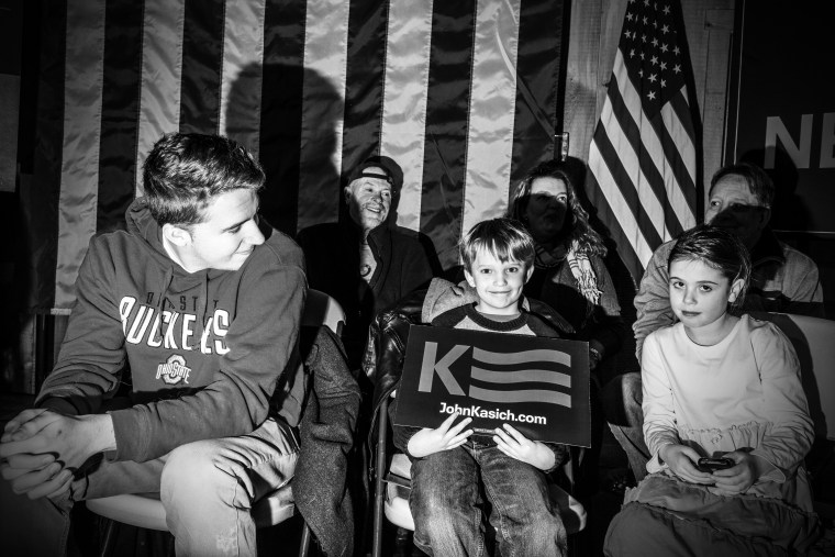 Supporters of candidate John Kasich come out to support him in New Hampshire, Feb. 5, 2016.