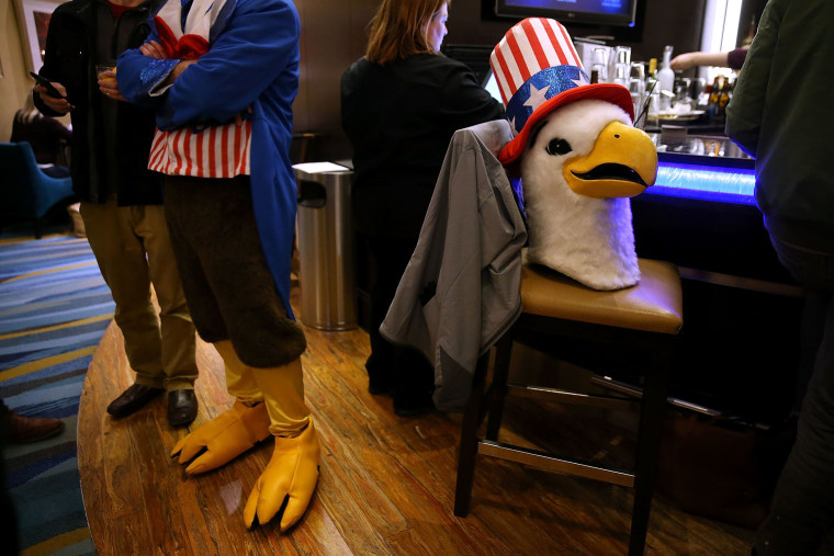 The head of an Uncle Sam eagle sits on a bar stool at the Marriott hotel bar on Jan. 31, 2016 in Des Moines, Ia. (Photo by Justin Sullivan/Getty)