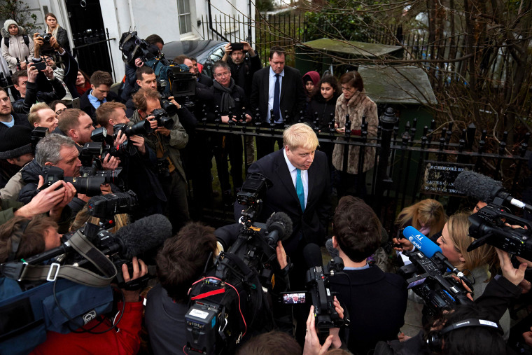London Mayor Boris Johnson (C) delivers a statement to the media regarding his position on the forthcoming EU referendum outside his home in London on Feb. 21, 2016. (Photo by Niklas Halle'n/AFP/Getty)