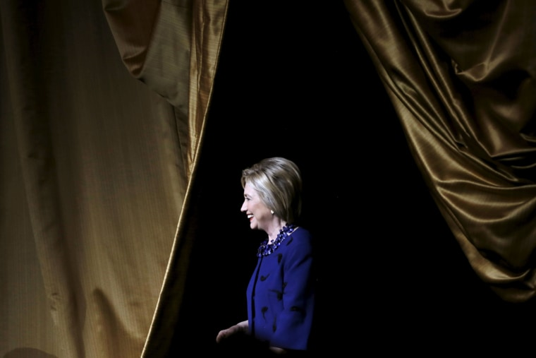 """U.S. Democratic presidential candidate Hillary Clinton takes the stage for her remarks at the Hillary Victory Fund """"I'm With Her"""" benefit concert at Radio City Music Hall in the Manhattan borough of New York, N.Y., March 2, 2016. (Mike Segar/Reuters)"""