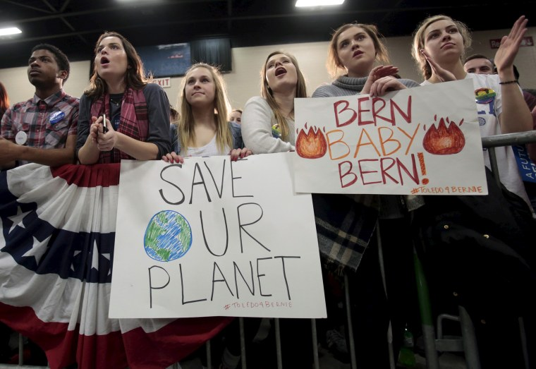 Supporters of Democratic U.S. presidential candidate Bernie Sanders attend his campaign rally at the SeaGate Convention Centre in Toledo, Ohio, March 11, 2016. (Photo by Rebecca Cook/Reuters)