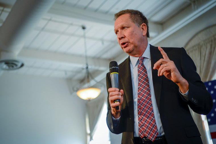 Republican presidential candidate, Ohio Gov. John Kasich, addresses a packed room at a town hall meeting in Savage, Md. April 13, 2016. (Photo by Bryan Woolston/Reuters)