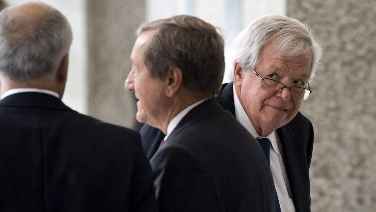 Former U.S. House of Representatives Speaker Dennis Hastert arrives for an appearance in federal court in Chicago June 9, 2015. (Photo by Andrew Nelles/Reuters)