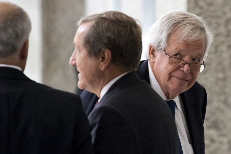 Former House of Representatives Speaker Dennis Hastert arrives for an appearance in federal court in Chicago, June 9, 2015. (Photo by Andrew Nelles/Reuters)