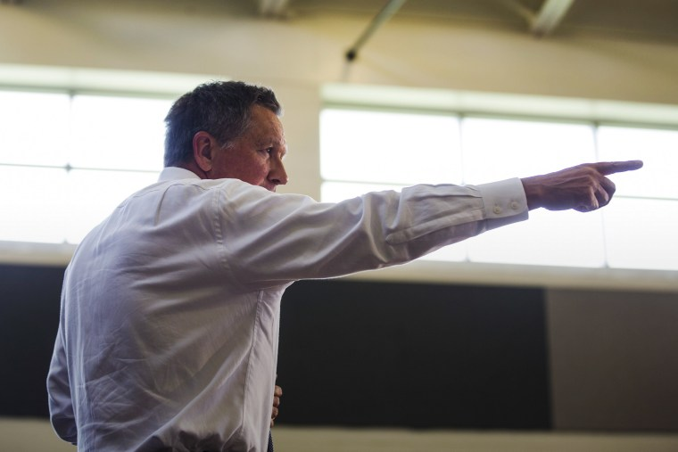 Republican Presidential candidate John Kasich speaks at a town hall at Thomas Farms Community Center in Rockville, Md., April 25, 2016. (Photo by Jim Lo Scalzo/EPA)