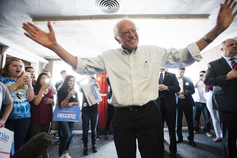 Democratic presidential candidate, Sen. Bernie Sanders, I-Vt., speaks to his campaign volunteers at the local headquarters on, May 4, 2016, in Bowling Green, Ky. (Photo by Miranda Pederson/Daily News/AP)
