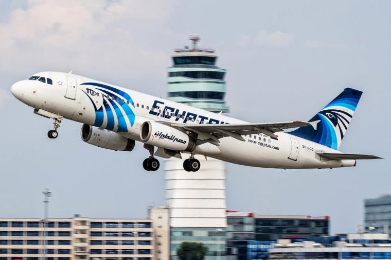 An EgyptAir plane takes off from Vienna International Airport, Austria on Aug. 21, 2015. (Photo by Thomas Ranner/AP)