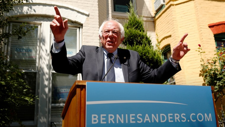 Democratic presidential candidate Bernie Sanders speaks at his campaign headquarters in Washington, June 14, 2016. (Photo by Kevin Lamarque/Reuters)