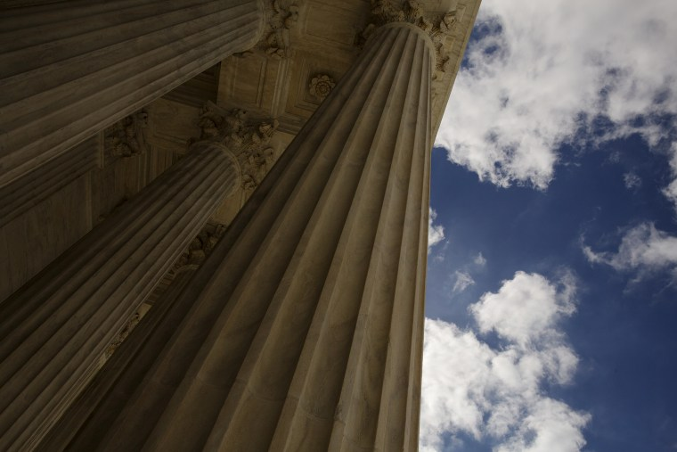 The front columns at the U.S. Supreme Court building in Washington, Oct. 5, 2015. (Photo by Jonathan Ernst/Reuters)