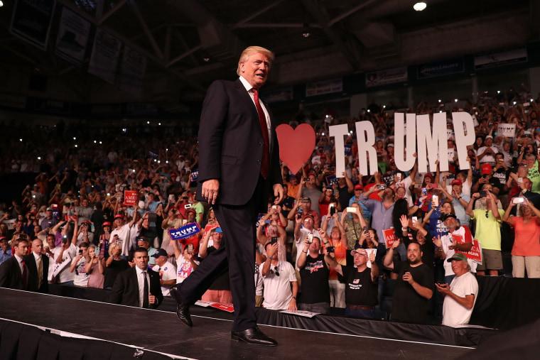 Image: ***BESTPIX*** Donald Trump Campaigns In Estero, Florida