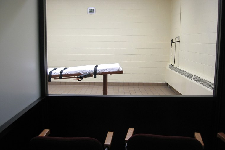 This Nov. 30, 2009 photo shows the witness room facing the execution chamber at the Southern Ohio Correctional Facility in Lucasville, Ohio. (Photo by Caroline Groussain/AFP/Getty)
