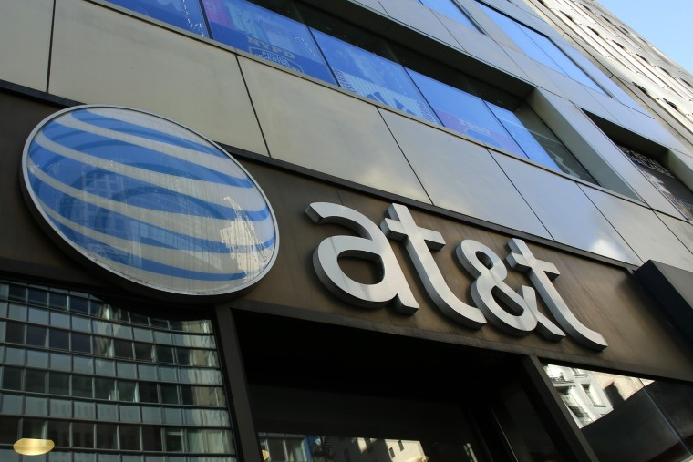 An AT&T store is seen on 5th Avenue in New York on Sept. 23, 2016. (Photo by Kena Betancur/AFP/Getty)