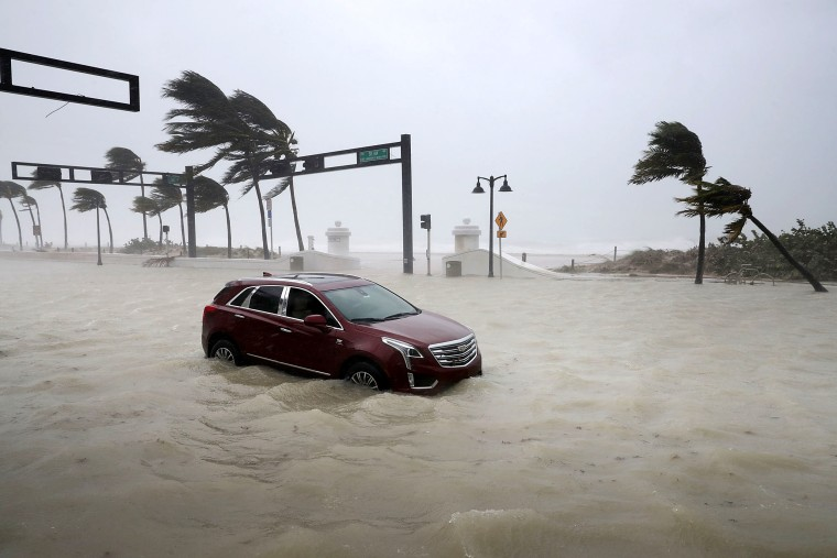 Image: Powerful Hurricane Irma Slams Into Florida