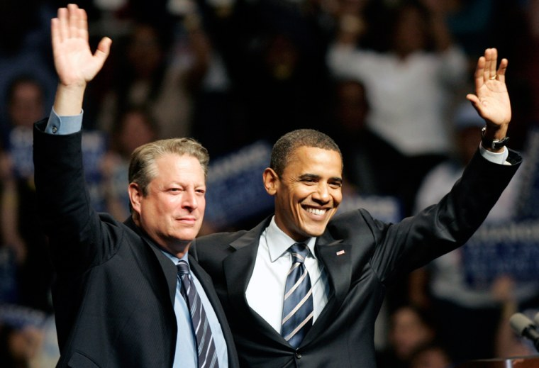 Image: Barack Obama and former U.S. Vice President Al Gore
