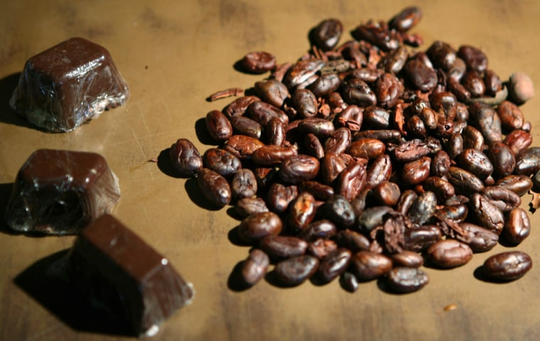 Image: Chocolate and cocoa beans