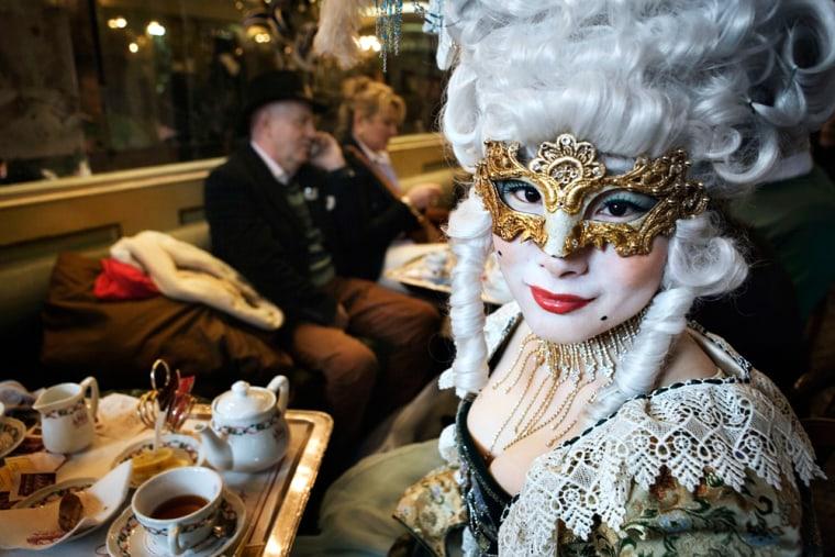 Image: Venice Celebrates Carnival