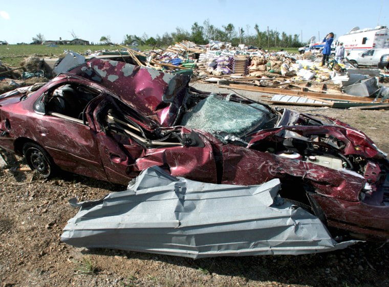 Image: Missouri tornado damage