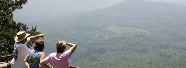 Image: Visitors to the Great Smoky Mountains National Park