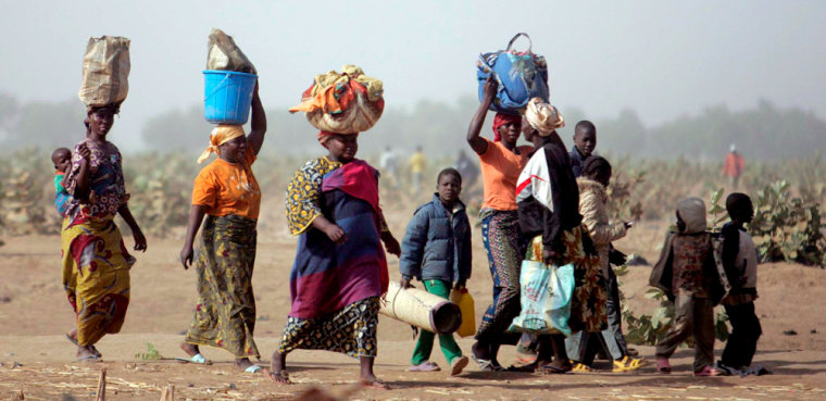 Image: Chadian refugees at Cameroonian border