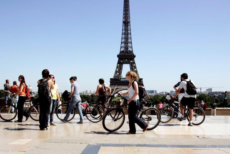 Image: Paris on a Budget