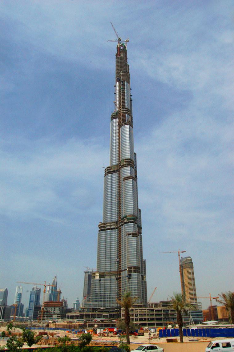 Image: World's tallest structure, the Burj Dubai