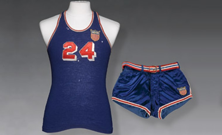 Image: Uniform worn by basketballer Ray Lumpp in the 1948 Olympics in London.