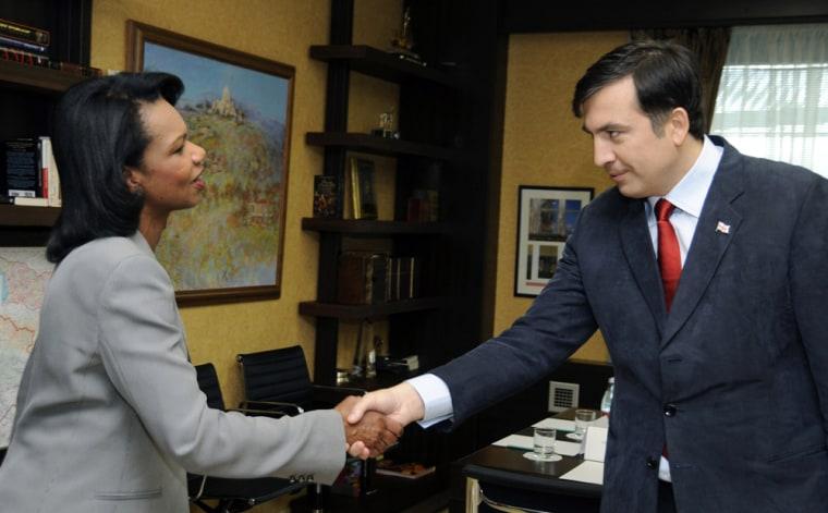 Image: US Secretary of State Rice and Georgia's President Saakashvili meet in Tbilisi