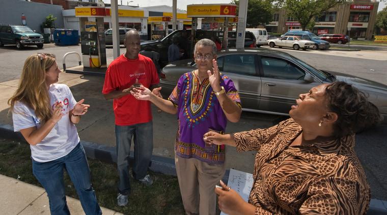 Image: Praying at gas station