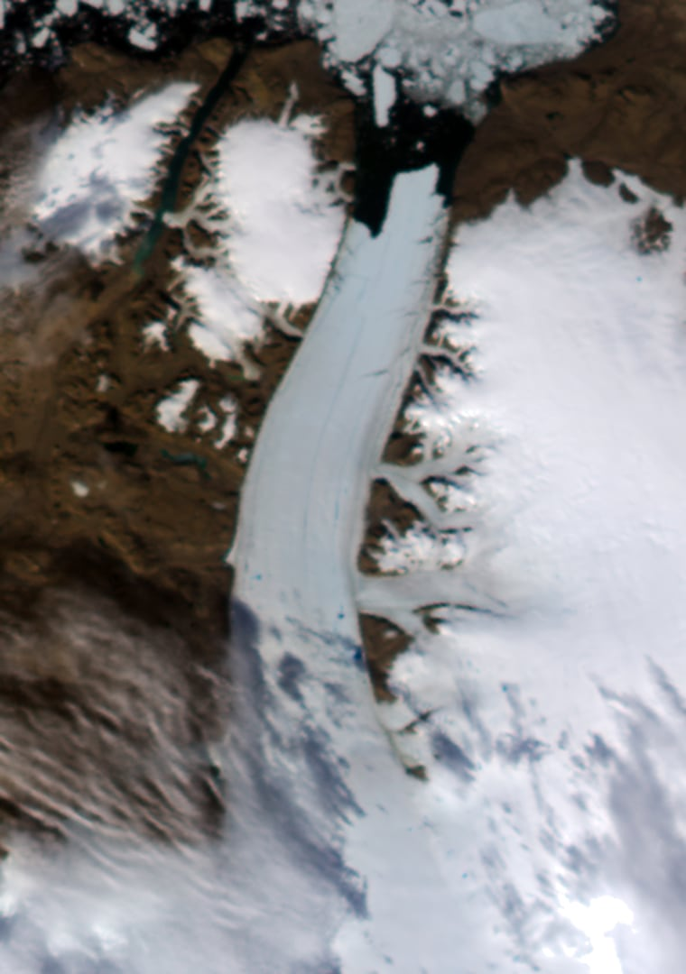 Image: A growing giant crack and an 11-square-mile chunk of ice hemorrhaging off a prominent glacier in northern Greenland.