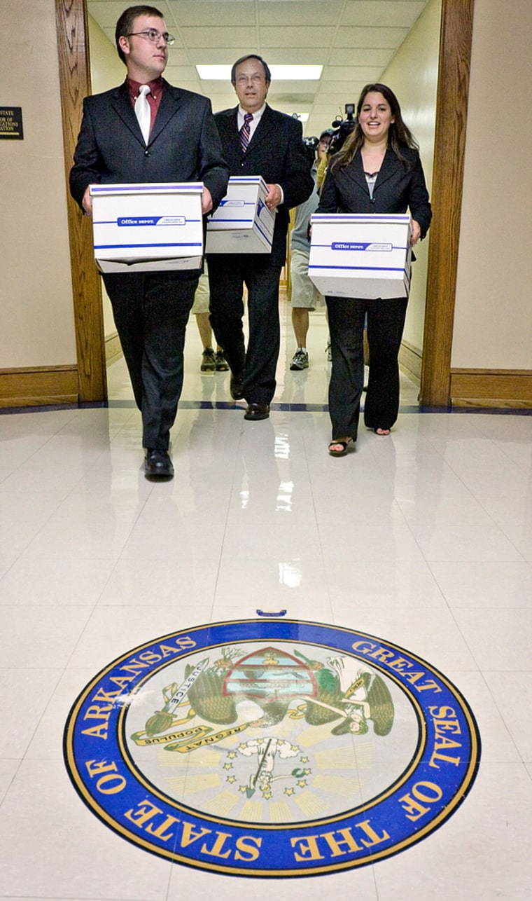 Image: Carrying petitions