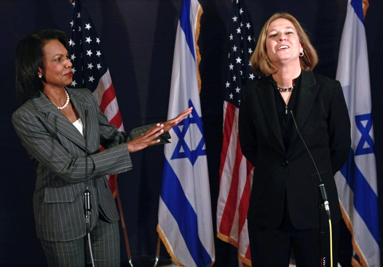 Image: Israel's Foreign Minister Livni, right, and U.S. Secretary of State Rice hold news conference in Jerusalem