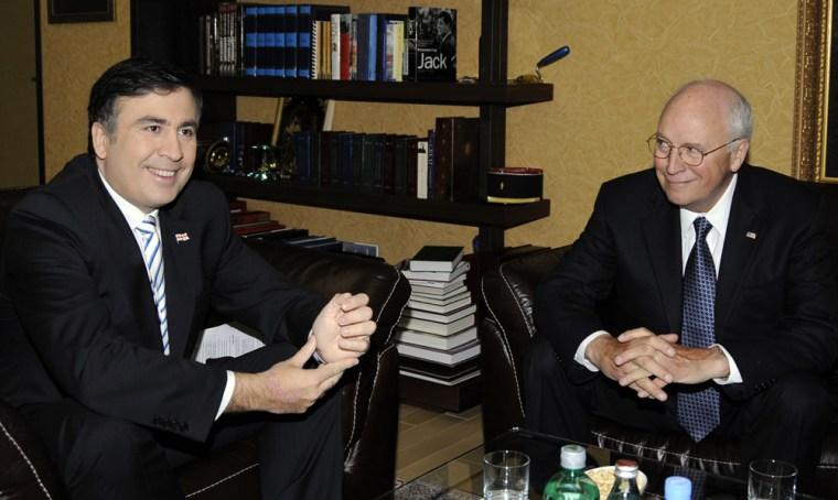 Image: US Vice President Dick Cheney, right, meets with Georgian President Mikheil Saakashvili