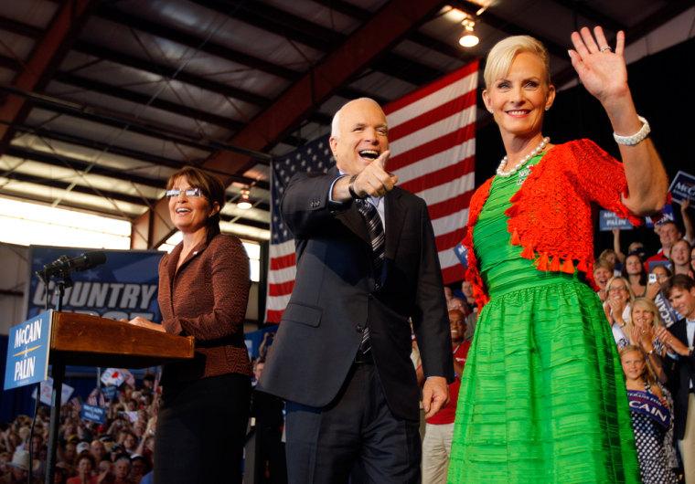 U.S. Republican presidential nominee Senator McCain takes stage at campaign rally in Colorado Springs