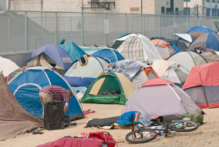 Image: An overview of a tent city