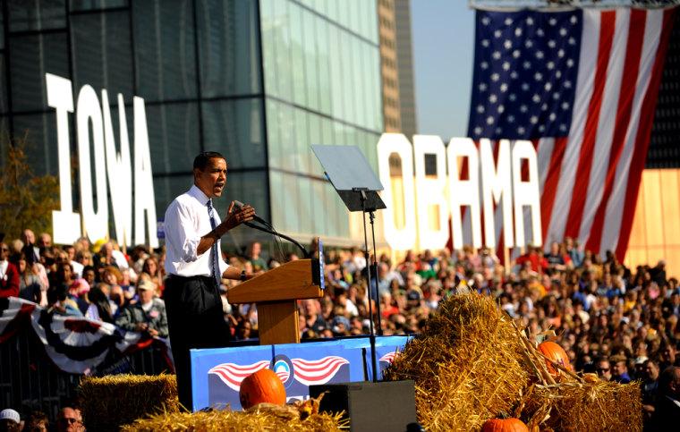 Iamge: Barack Obama in Des Moines